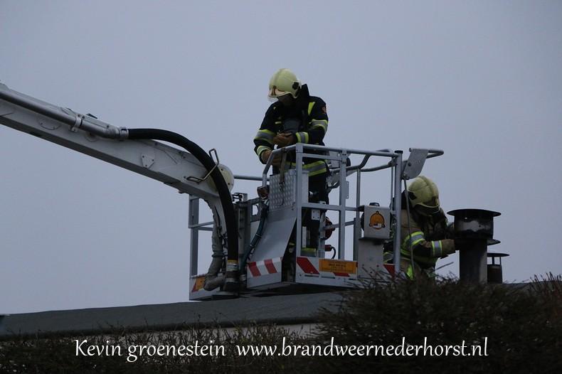 Schoorsteenbrand-woonark_Vreelandseweg_NDB (2)