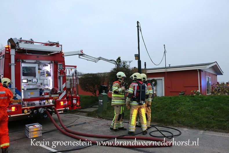 Schoorsteenbrand-woonark_Vreelandseweg_NDB (4)