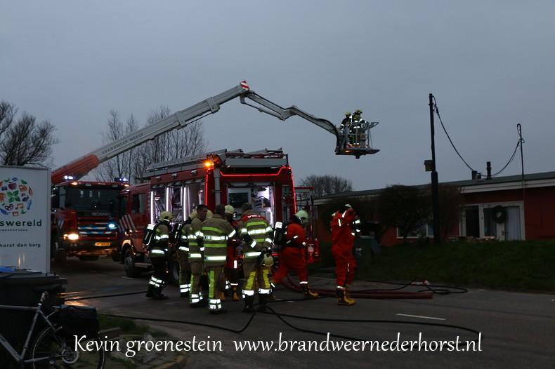 Schoorsteenbrand-woonark_Vreelandseweg_NDB (5)