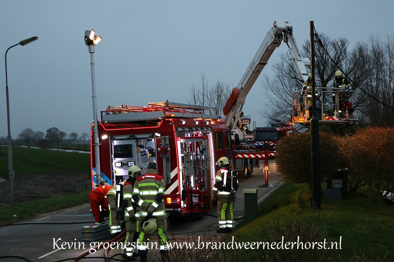 Schoorsteenbrand-woonark_Vreelandseweg_NDB (7)