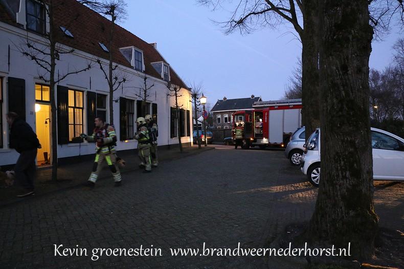 Schoorsteenbrand_Kerkstraat_Nederhorst_14maart2015 (1)