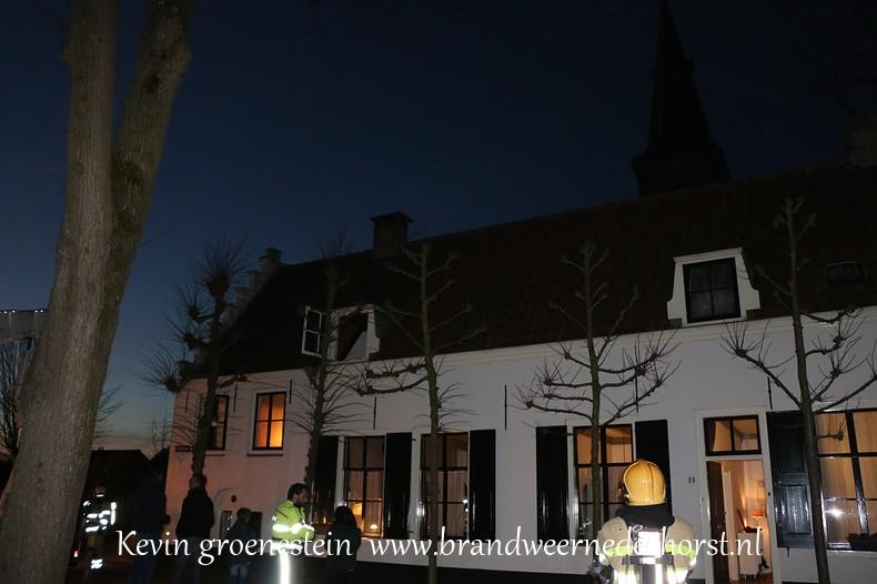 Schoorsteenbrand_Kerkstraat_Nederhorst_14maart2015 (2)