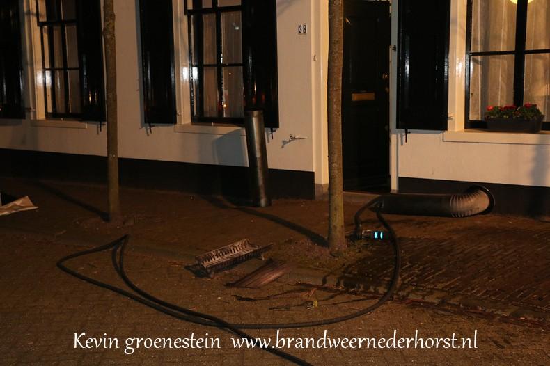 Schoorsteenbrand_Kerkstraat_Nederhorst_14maart2015 (5)
