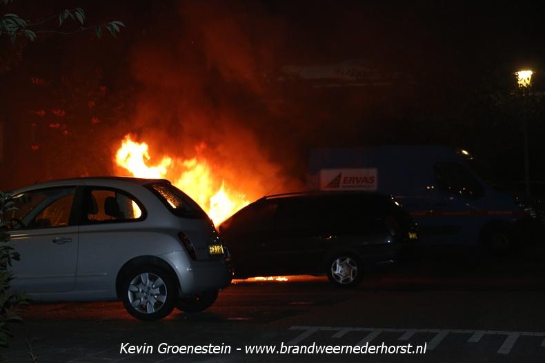 Voertuigen_Brand_Legakker_Nederhorst_21augustus2016 (1)