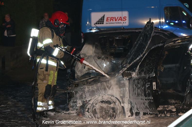Voertuigen_Brand_Legakker_Nederhorst_21augustus2016 (6)